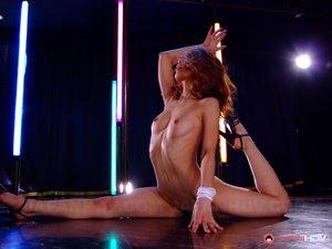Japanese Strip Porn Pics