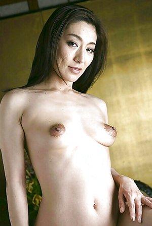 Japanese Mom Porn Pics