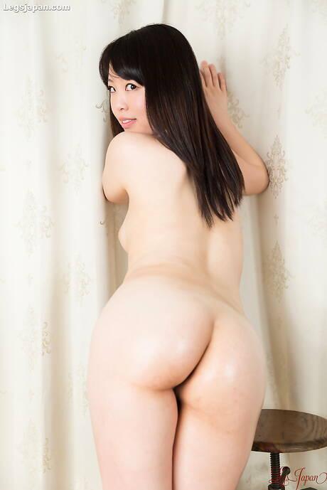 Tight Japanese Butt Pics