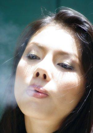 Smoking Japanese Pics